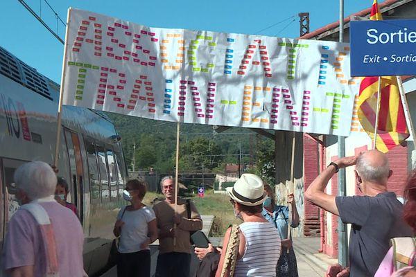Prades (Pyrénées-Orientales) - un TER entre en gare après 32 mois d'attente - 31 août 2020.