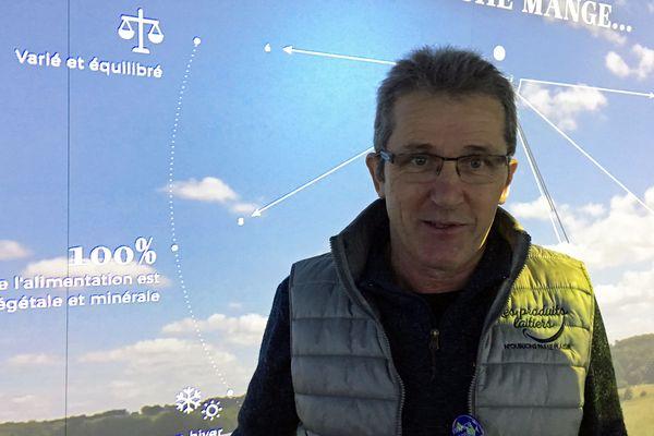 Gérard Guyot est éleveur de vaches laitières dans le Doubs.