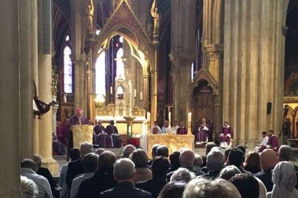 Les obsèques du cardinal Etchegaray se déroulent dans la cathédrale Sainte-Marie de Bayonne