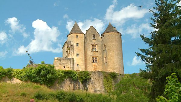 Le château de Salignac-Eyvigues possède une histoire vieille de 1 000 ans...