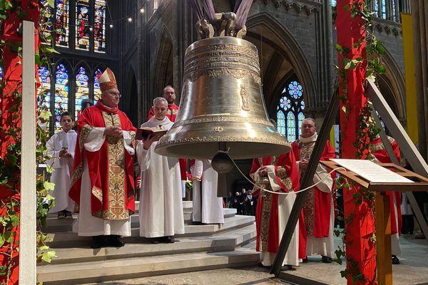 Paul: c'est la nouvelle cloche de la cathédrale de Metz