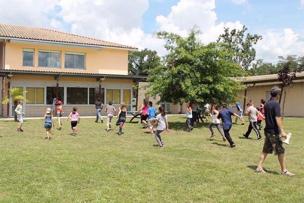 Lieu de vie, lieu d'accueil pour les enfants qui ne peuvent rester dans leur famille. Les 22 enfants, âgés de 6 à 16 ans, sont entourés d'éducateurs spécialisés.