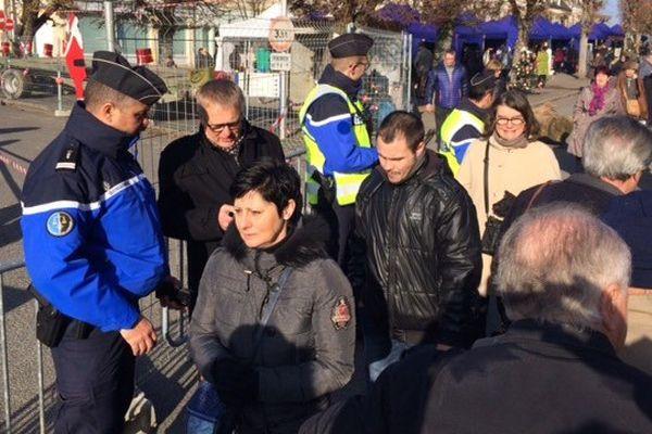 Le marché de Noël de Baugy attire chaque année plus de 20.000 visiteurs. Il était surveillé par une vingtaine de militaires de la gendarmerie.