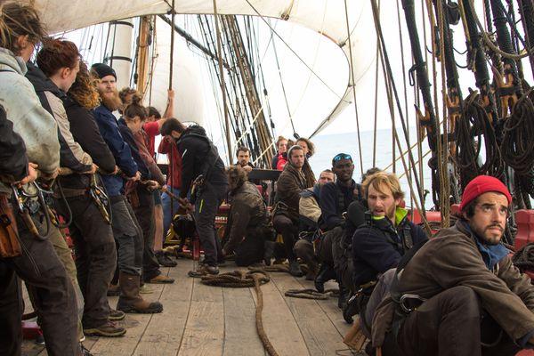 L'Hermione a fait une escale imprévue à Vigo en Galice (Espagne) le 16 mai. Elle devrait repartir vers le Pays basque dans la soirée.