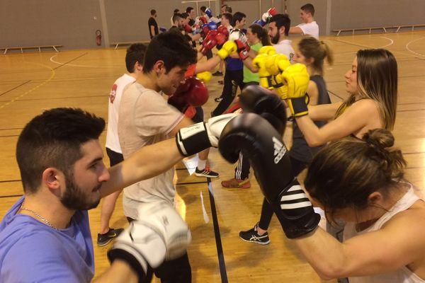 De la boxe pour préparer les Olympiades des métiers, l'un des exercices physiques des 75 représentants de la Nouvelle-Aquitaine