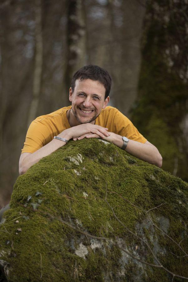 Julien Perrot, La Salamandre