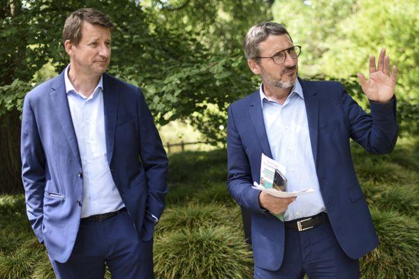 Yannick Jadot, à gauche, et Matthieu Orphelin, le 24 juin 2021 à Nantes