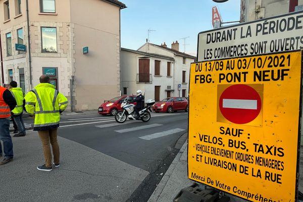 La mairie de Poitiers expérimente un nouveau mode de circulation rue du Faubourg du Pont-Neuf