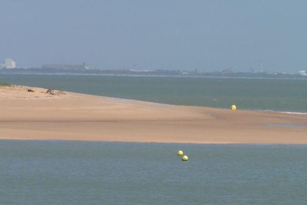 Saint-Pierre-d'Oléron veut rouvrir ses plages.