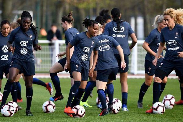Les Bleues à l'entraînement à Clairefontaine le 1er avril 2019