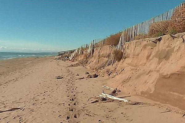 Vias (Hérault) - En octobre 2016 et en mars 2018, deux tempêtes ont dévasté la plage et les dunes reconstituées.