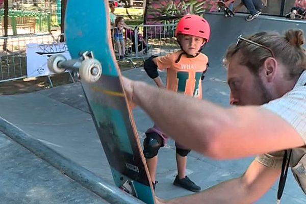 Montpellier - le FISE et les enfants sur les mini-parks - juin 2019.