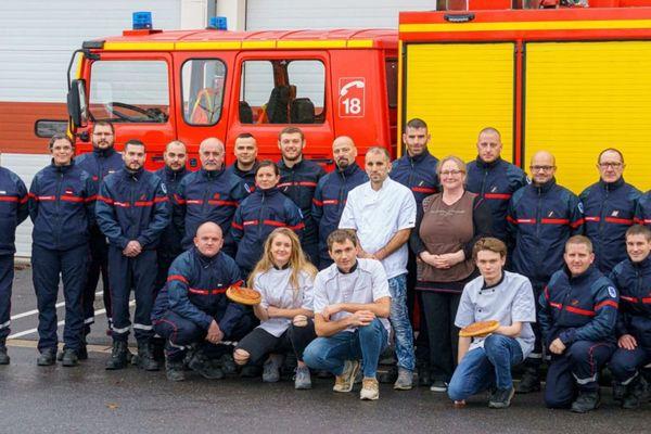 Des boulangers et des sapeurs-pompiers s'allient pour la bonne cause.