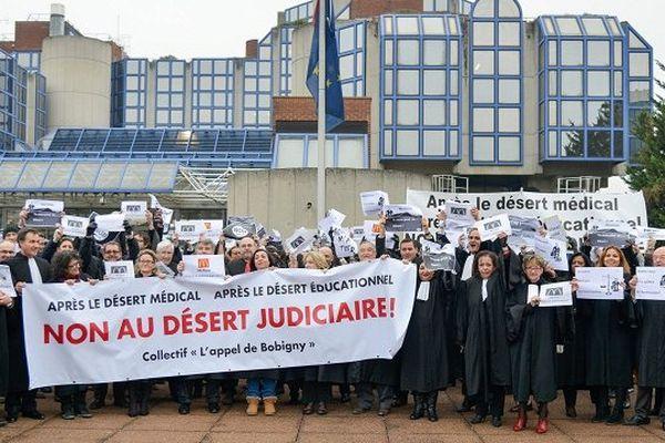 Les notaires manifestaient déjà à Paris le 1er décembre