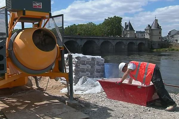 L'aménagement des bords de Vienne à Châtellerault va se prolonger jusqu'au mois de décembre.