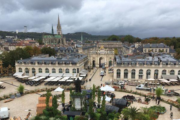 Place Stanislas à Nancy en préparation pour la 16ème édition du jardin éphémère