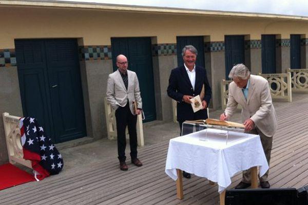 Steven Soderbergh, Philippe Augier et Michael Douglas sur les planches de Deauville