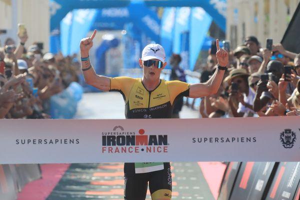 Felix Pouilly à l'arrivée de l'Ironman de Nice.