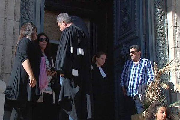 """Montpellier - ouverture du procès d'Assises à huis clos du meurtrier présumé de Salah, poignardé devant le """"Milk"""" - 17 mai 2016."""