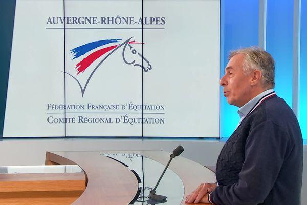 Face à la psychose qui s'est emparée du monde de l'équitation, le président du Comité régional invite à faire la part des choses entre véritables mutilations et accidents de prés.