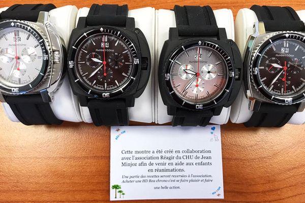 La montre Réa-Chrono est une série limitée à 350 exemplaires. Une partie des bénéfices iront à l'association Réagir afin de venir en aide aux enfants en réanimation du CHRU Jean Minjoz de Besançon.