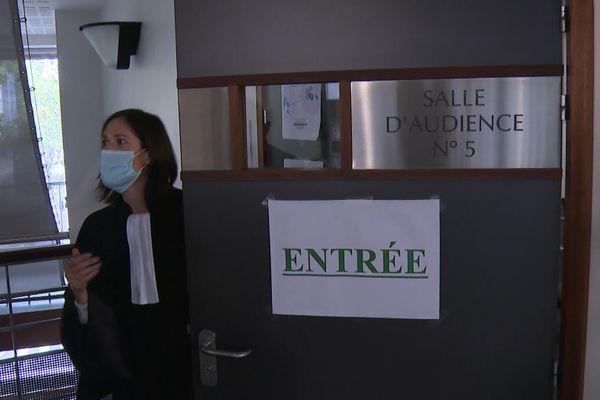 Plus de 200 plaintes sont déposées à Lyon par des cheminots de la SNCF, pour un risque d'exposition à l'amiante dans un  technicentre qui date de 1846.