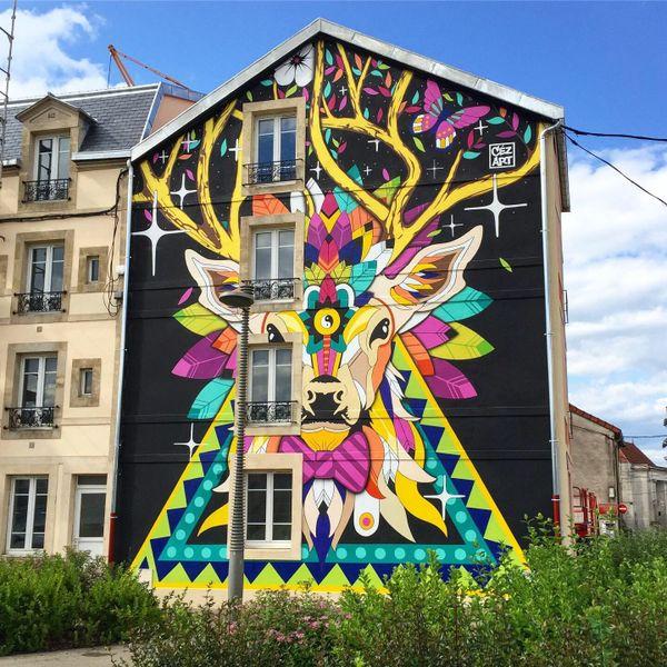 """Fresque  """"Magiec Deer"""", Place de la Loge à Chaumont"""