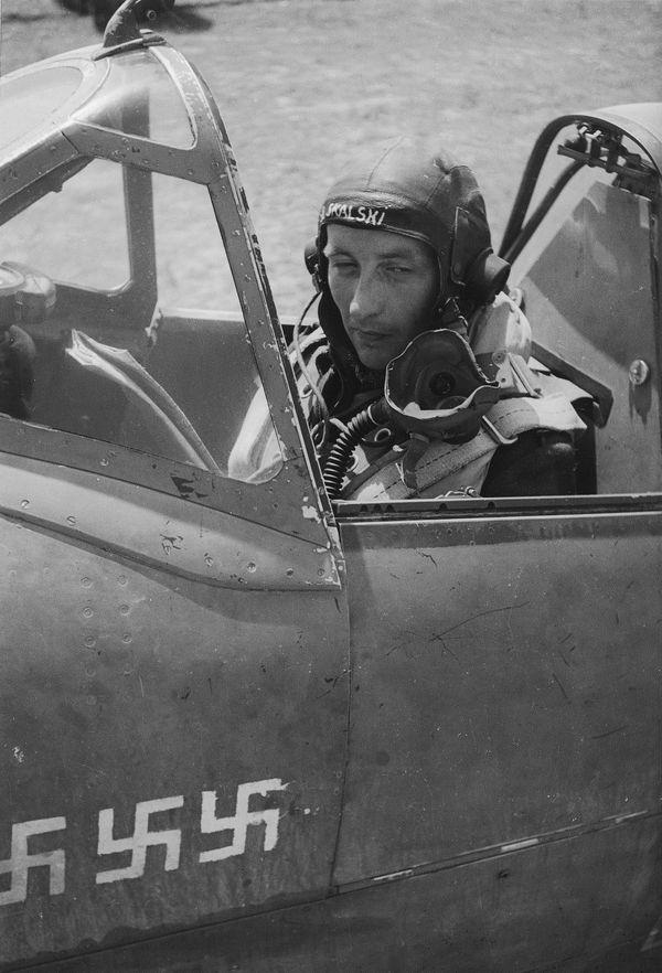 Stanislaw Skalski au sein de la Royal Air Force pendant la Seconde Guerre mondiale (photo non datée).