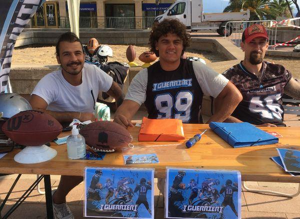 Lucas, Kees et Anthony (de gauche à droite) sont licenciés au club de football américain I Guerrieri.