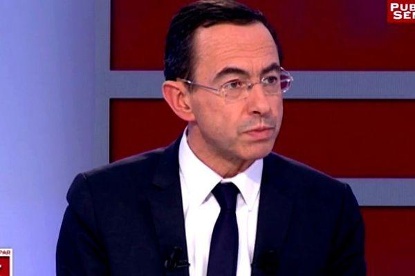 Bruno retailleau sur le plateau de Preuves pas 3 sur Public Sénat