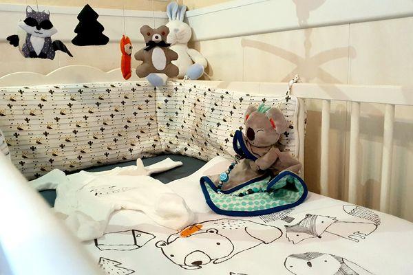 La chambre préparée par Romain et Marie pour l'arrivée de leur premier enfant.