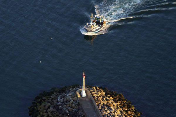 Un navire espagnol en infraction a été dérouté vers la Turballe
