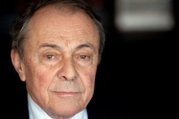 Socialiste réformiste, Michel Rocard a été Premier ministre de 1988 à 1991 de François Mitterrand, avant de diriger le PS en 1993 et 1994.