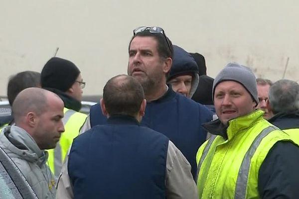 Les salariés de l'usine se sont mis en grève pour protester contre la fermeture du site.