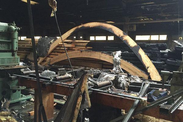 Les machines ont été très endommagées par l'incendie