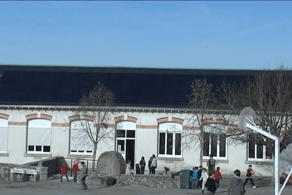 L'école de Peyrilhac est déjà équipée de panneaux photovoltaïques depuis 2010
