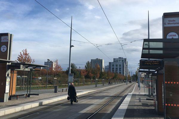 Pour le 4e jour consécutif, dimanche 8 décembre, un mouvement de grève touche les transports en commun de Clermont-Ferrand.