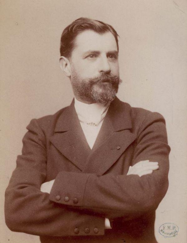 Samuel Pozzi photographié par Pierre Petit,  « Collection de portraits ». Coll. de la Bibliothèque interuniversitaire de santé.