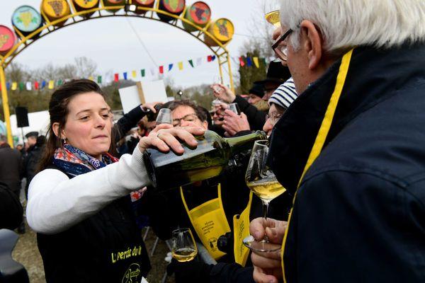 En 2021, seule la vente aux enchères de la Percée du vin jaune est maintenue