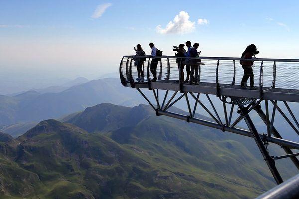 Le Pic du Midi accueille chaque année 140 000 visiteurs.