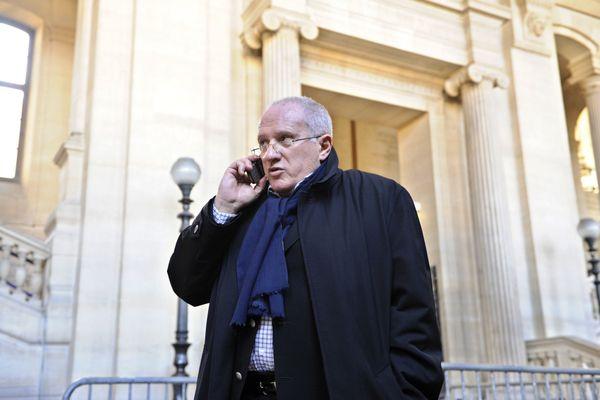 Antoine Sollacaro, devant la cour d'appel de Paris, lors du jugement en appel d'Yvan Colonna, le 16 mars 2009.