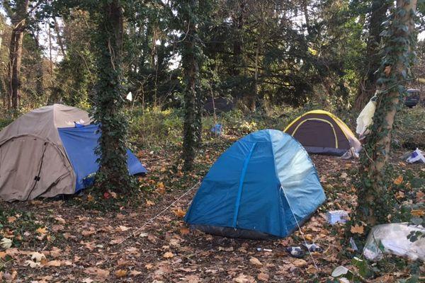 C'est dans l'une de ces tente que vivaient la femme de 44 ans, au Parc du Heyritz à Strasbourg