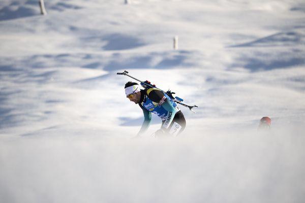 Le Norvégien Johannes Boe a conforté sa place de leader de la Coupe du monde de biathlon en remportant samedi la poursuite de Nove Mesto marquée par la folle remontée du Catalan Martin Fourcade, 5e après être parti en 43e position.