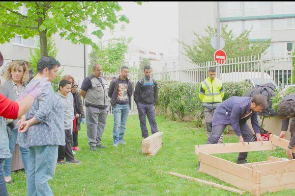 Avec ce projet collectif, l'ambition est de présenter une autre vision du jardinage et de permettre à tous d'apprendre à jardiner en milieu urbain dans sa ville, dans son quartier, dans sa rue.