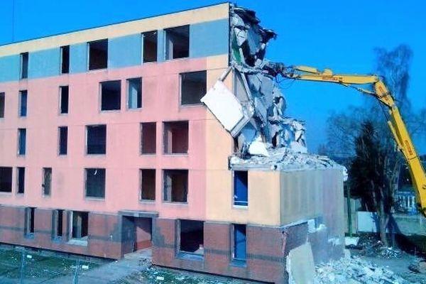L'Artois et le Poitou ont été démolis ce matin