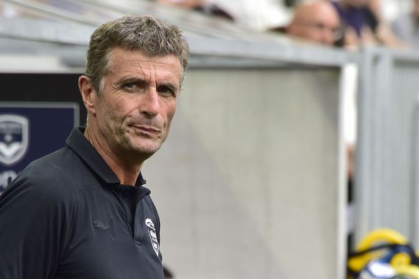 """""""On ne joue pas au football pour s'emmerder, mais pour gagner des matches, pour être libéré et être heureux,"""" résume Bernard Blaquart, l'entraîneur du Nîmes olympique."""