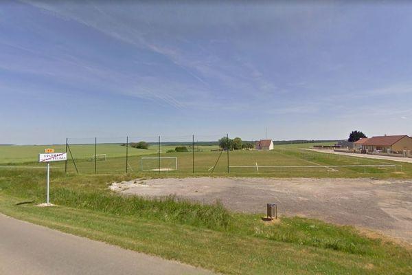 Le stade était déjà construit, mais portait un nom banal.