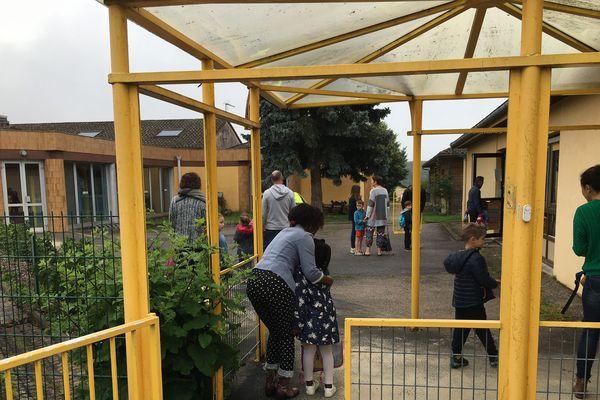 La case-totalité des 140 élèves ont fait leur rentrée ce 22 juin 2020 à St Just le Martel
