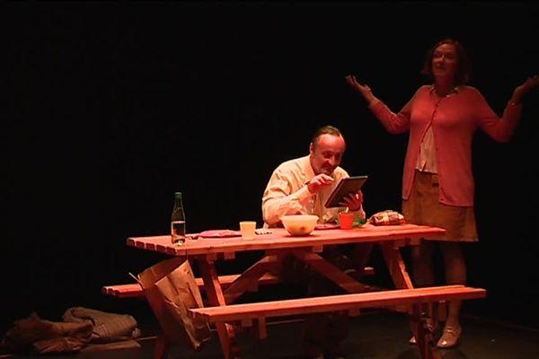 """La compagnie rémoise O Brother a été choisie pour présenter sa pièce """"Le dîner"""" à Avignon."""