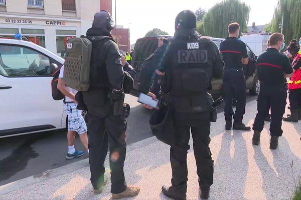 Intervention du Raid quartier Saint-Honoré à Amiens lundi 26 juillet 2021